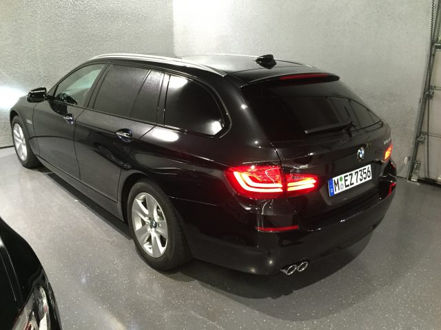 BMW 5er Touring, CFC Premium Black